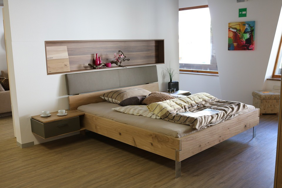 How To Choose The Right Bedroom Flooring